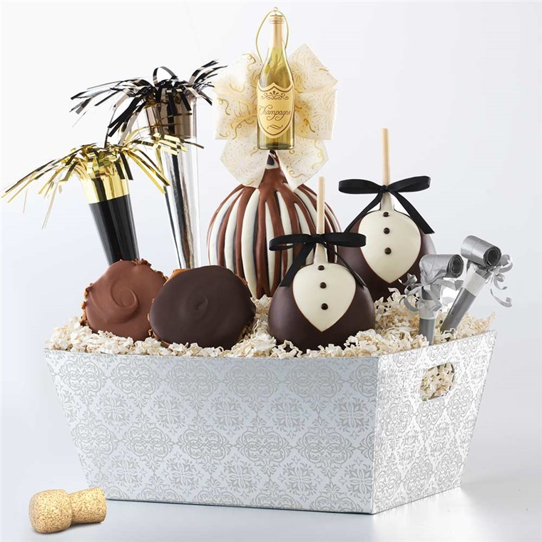 celebration-caramel-apple-gift-basket-1930438