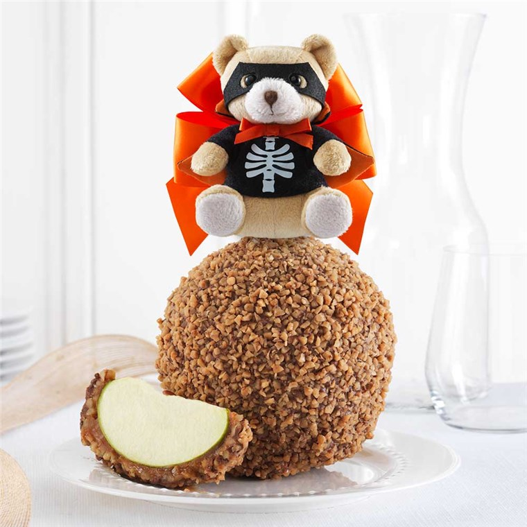 toffee-walnut-scare-bear-jumbo-caramel-apple-gift-199-TOFFW-16F02