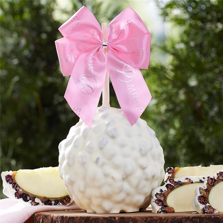 white-chocolate-blueberry-spring-ribbon-jumbo-caramel-apple-gift-199-WCBLU-10S14