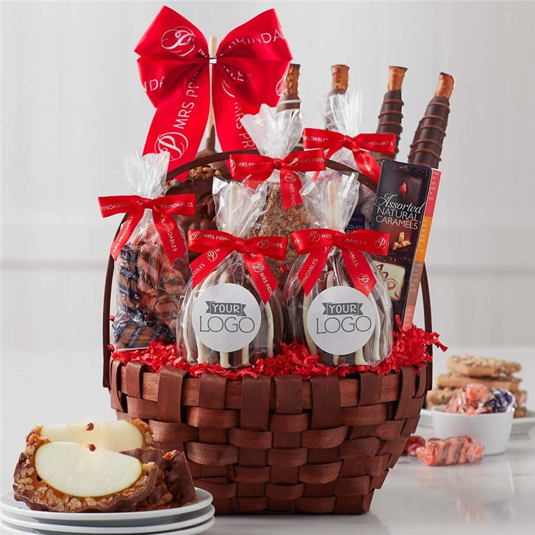 Caramel Apple Gift Basket: Custom Label Grand Holiday Caramel Apple Gift Basket